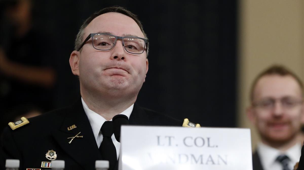 El lugarteniente coronel Alexander Vindman, del Consejo de Seguridad Nacional de EEUU, este martes en las vistas públicas del 'impeachment'a Trump en el Congreso