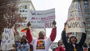 Manifestantes de la marcha contra las armas en Washington.