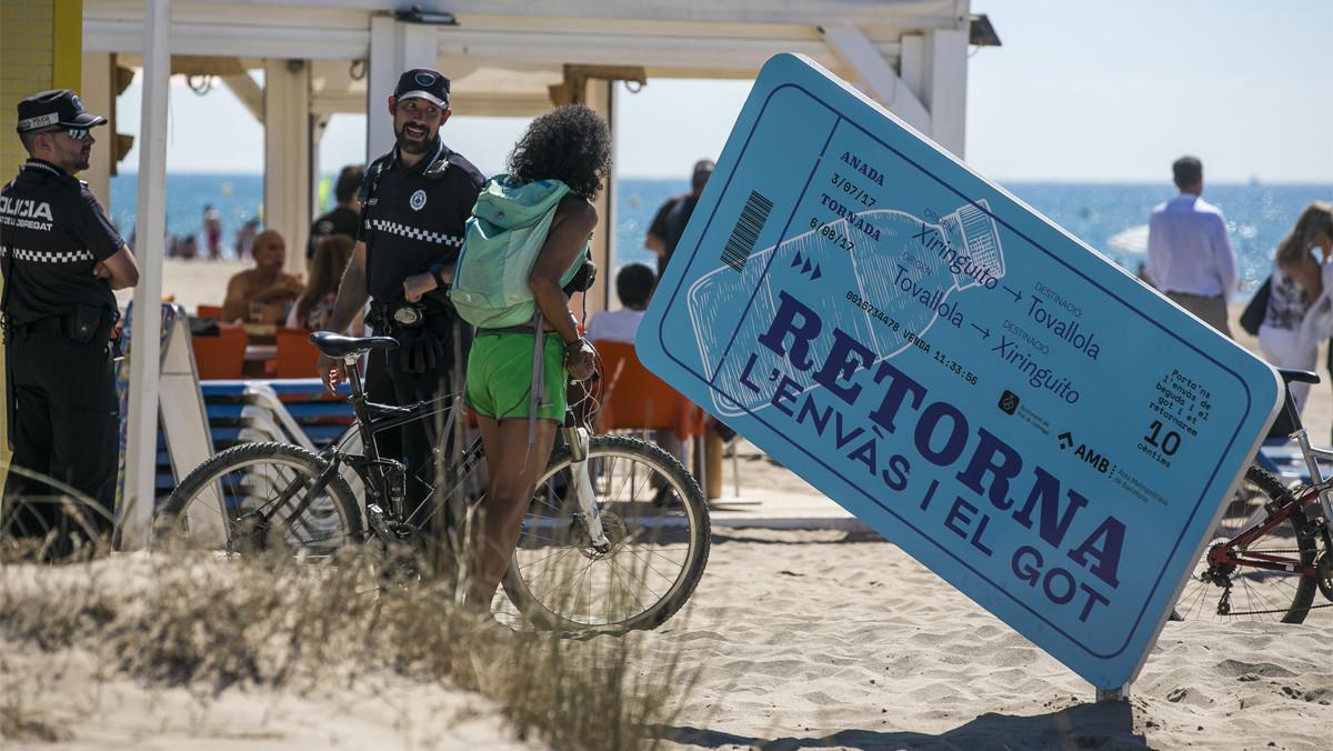 Prueba piloto. Del sistema de depósito y devolución en la playa de El Prat.