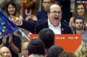 Miquel Iceta, durante un mitin de los socialistas en Barcelona, el pasado 25 de abril.
