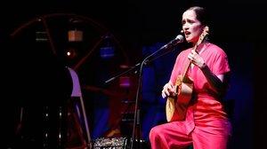 Un momento de la actuación de Julieta Venegas en el festival Primera Persona.