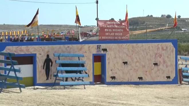 Muere un joven por una cornada de vaquilla en las fiestas de Pinoso (Alicante).