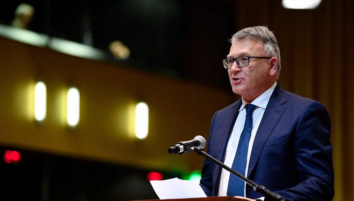 Bruselas da pasos hacia un salario mínimo europeo