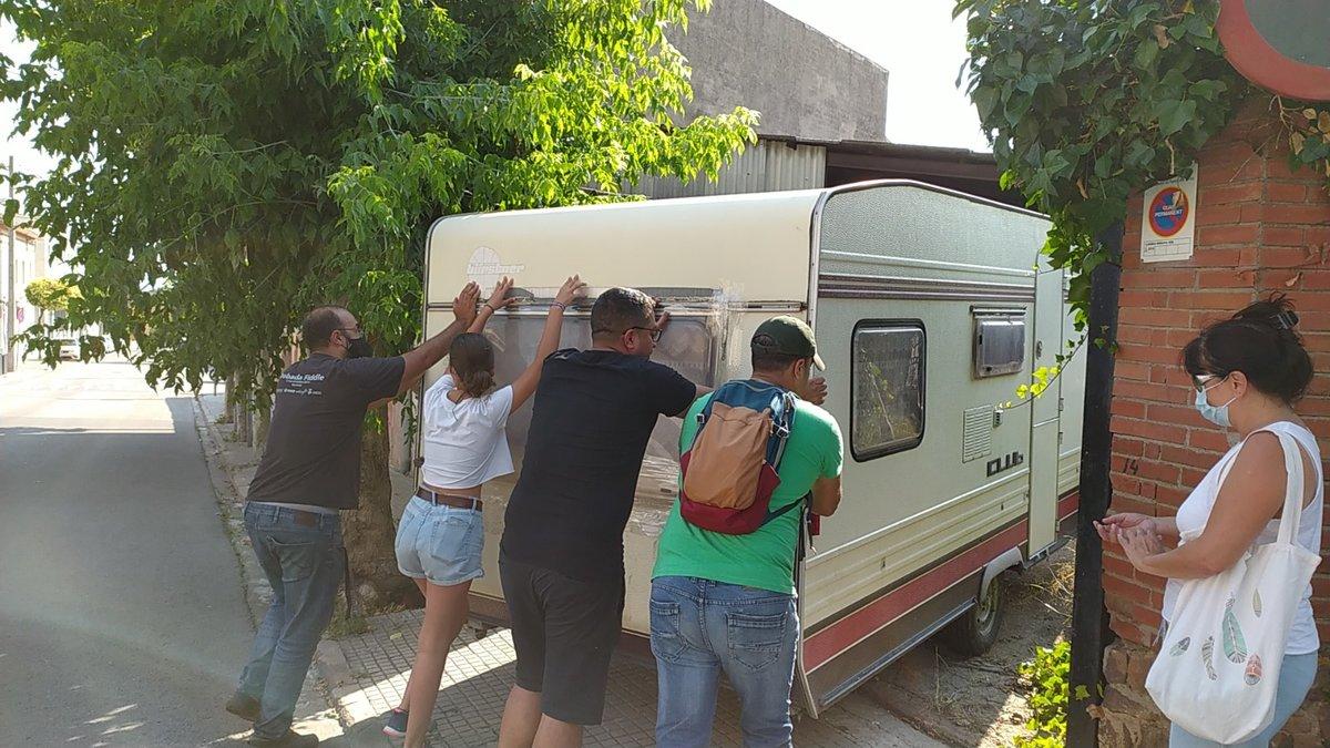 La caravana, aún en proceso de reformación, que hará de escenario móvil