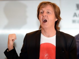 Paul McCartney demanda Sony per recuperar drets d'autor dels Beatles