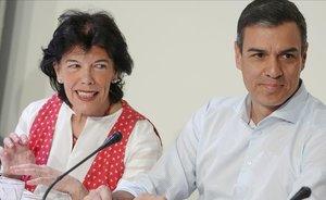 Pedro Sánchez y Isabel Celáa.
