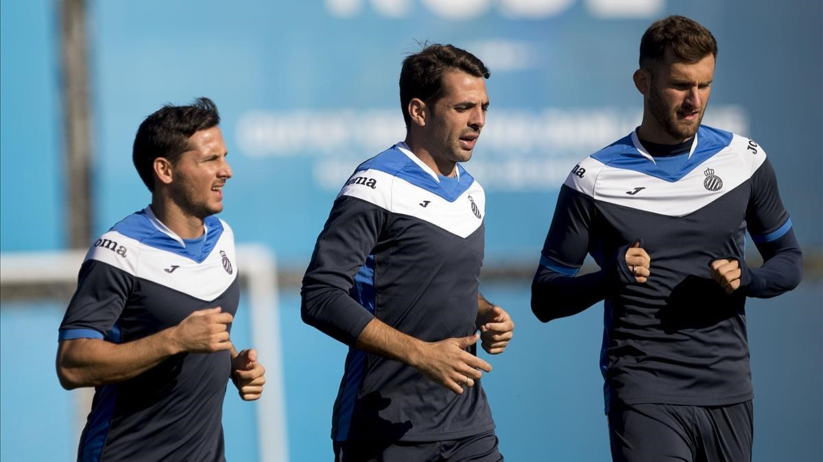 Piatti, Víctor Sánchez y Baptistao, en un entrenamiento del Espanyol.