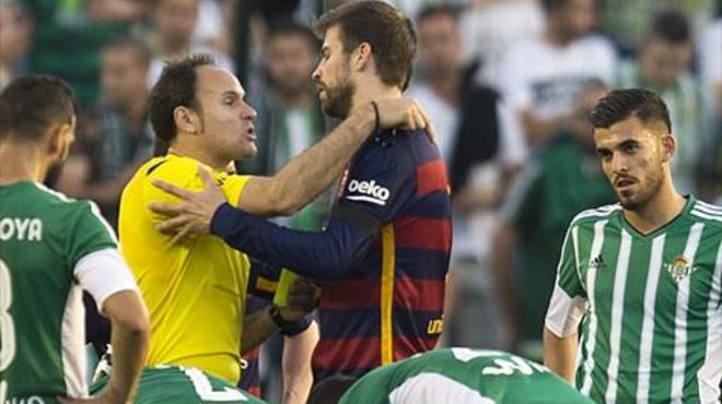 El Barça casi pierde su voz en el campo
