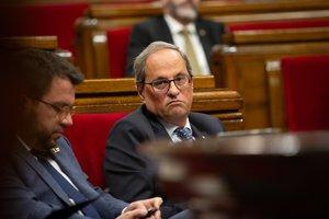 El presidente Torra y el vicepresidente Aragonès, en el Parlament, este miércoles.