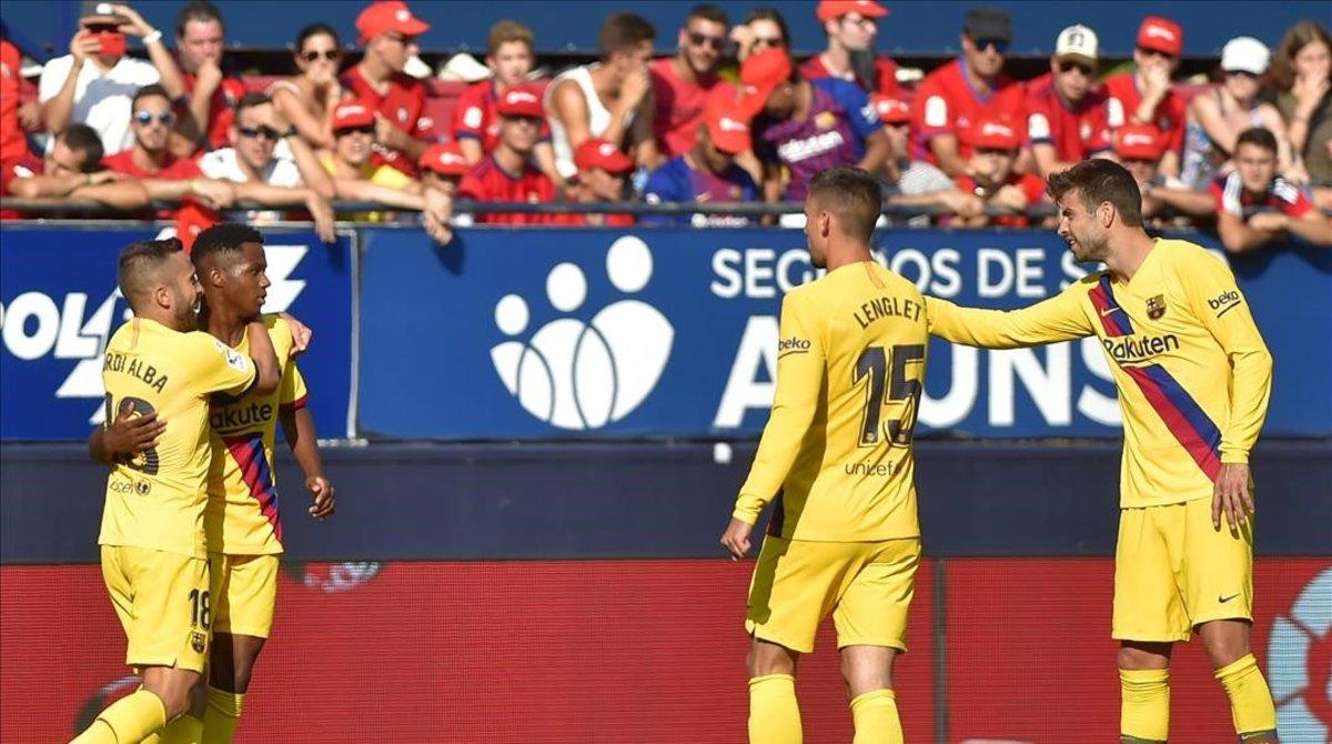 Ansu Fati fa història però el Barça s'embussa a El Sadar (2-2)