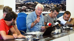 Rueda de prensa de Open Arms con su fundador Oscar Camps y el actor Richard Gere
