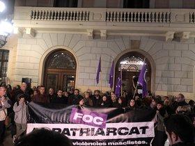 La víctima de 'La manada de Sabadell' pateix una crisi de pànic al creuar-se amb un dels seus agressors