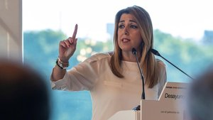 La presidenta de la Junta de Andalucía, Susana Díaz, durante un desayuno informativo de Europa Press este miércoles en Sevilla.