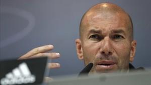 "Zidane: ""M'indigna que es parli de robatori"""