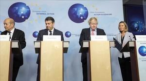 Los ministros de Exteriores de Francia,Jean Yves Le Drian,Reino Unido,Boris Johnson,Alemania, Sigmar Gabriel,y la jefa de ladiplomacia europea,Federica Mogherini.