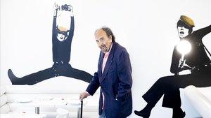 Leopoldo Pomés, en el icónico restaurante Flash Flash de Barcelona, este martes.