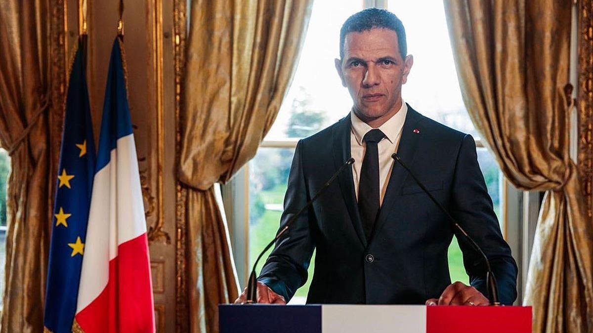 El argumento central de 'Los salvajes', un candidato a la presidencia de la repúblicacon raíces argelinas.