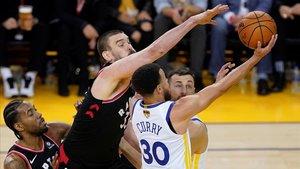 Els Raptors recuperen l'avantatge davant d'uns Warriors fluixos