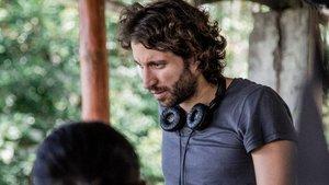 Alejandro Landes, en el rodaje de su película 'Monos'