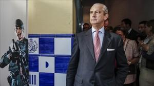 Arsenio Fernández de Mesa, exdirector general de la Guardia Civil.