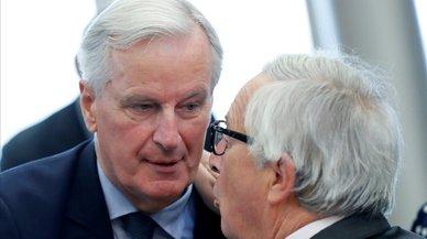Barnier presiona a Londres por el 'brexit' para que acepte su plan para Irlanda