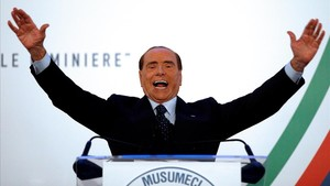 Berlusconi durante un acto en Catania, el pasado noviembre.
