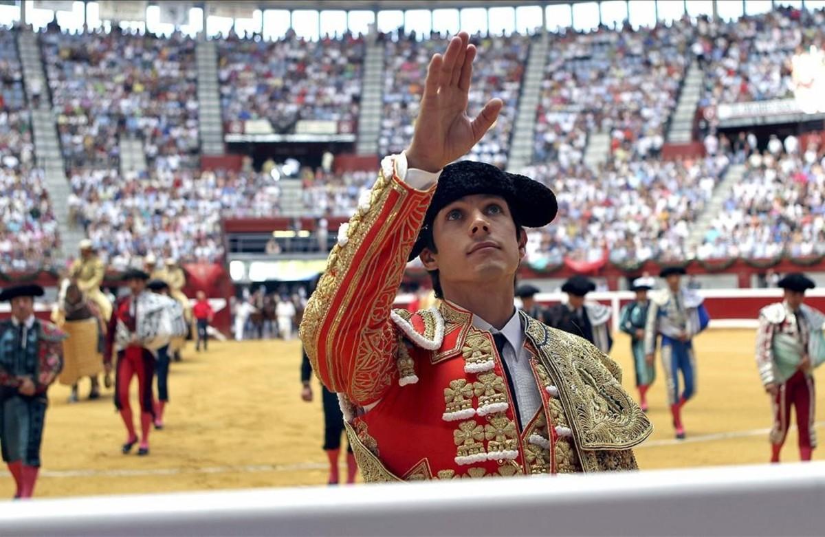 El diestro Sebastià Castella, en una corrida en la Semana Grande, en el 2012.