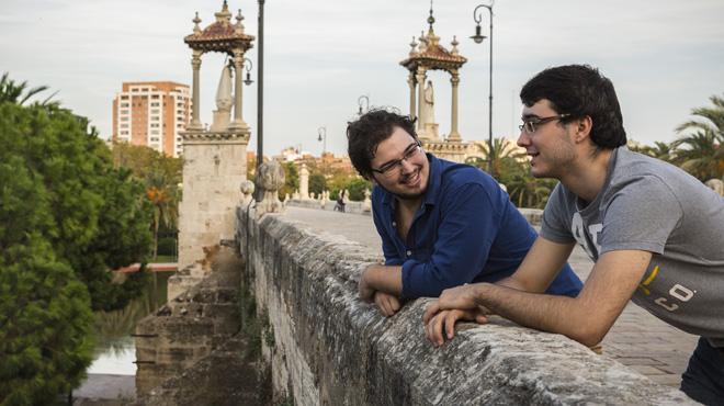 Entre Todos: Catalunya vista desde ... Valencia