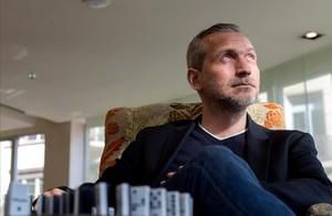 El escritor francés Olivier Norek,que presenta en BCNegra su novela Efecto dominó.
