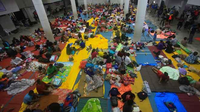 Evacuadas 7.000 personas en el sur de Tailandia por la tormenta Pabuk.