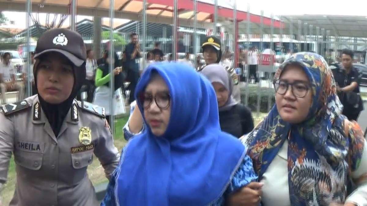 Familiares de los pasajeros del avión de Lion Air.