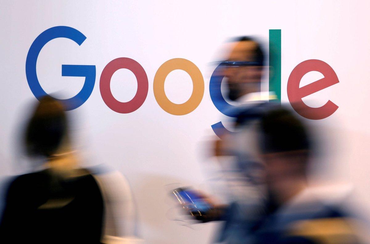 El logotipo de Google durante una feria tecnológica en París.