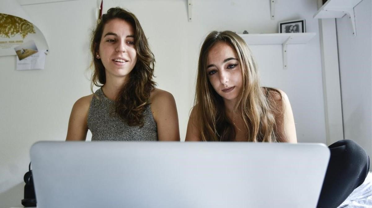 Los estudiantes que alquilan a particulares viven en un ignoto mercado que no deja de subir en Barcelona.