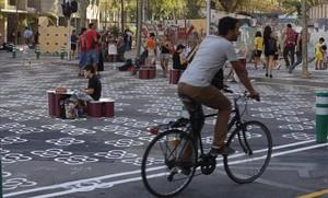 Barcelona anuncia cinc superilles a l'Eixample, les Corts, Gràcia i Horta per al 2018
