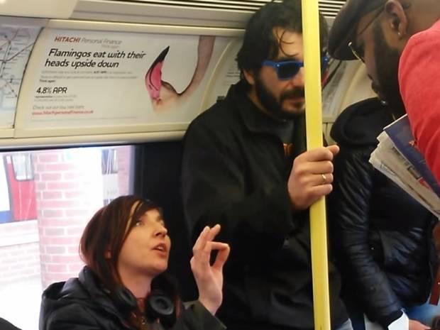 La policia de Londres investiga la dona que va insultar un passatger negre dient que era descendent d'esclaus