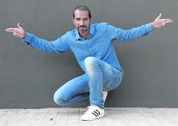 Javier Ruiz Caldera, enCastelldefels, donde vivedesde que es padre.