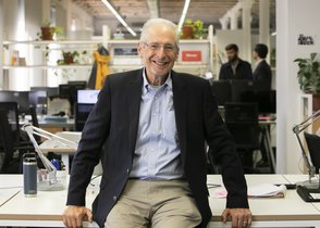 Jerome S. Engel, experto en innovación y profesor de Berkeley.