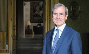 El embajador de Francia en España,Yves Saint-Geours.
