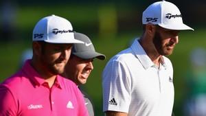 Jon Rahm, Rory McIlroy y Duston Johnson, en un entrenamiento en el campo del PGA Championship.