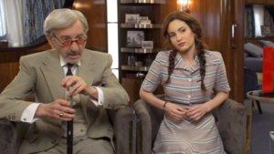 José Sacristán e Ivana Baquero, protagonista de 'Alta mar' en Netflix.
