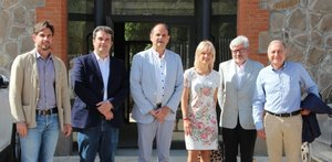 Josep Perpinyà y Adrià Comella junto aalcaldes de la zona de influencia del nuevo CUAP