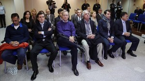 Los acusados del caso Nóos, en la primera sesión del juicio, el pasado 11 de enero.