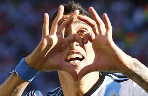 Di María celebra un gol con la selección argentina en el Mundial de Brasil.