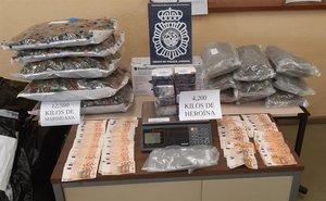 Material sustraídopor la Policía Nacional.