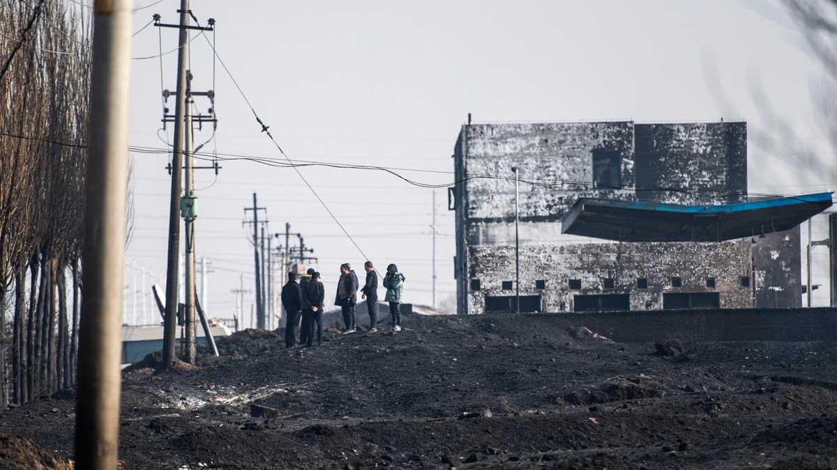 Al menos 22 muertos en una explosión junto a una planta química en China.