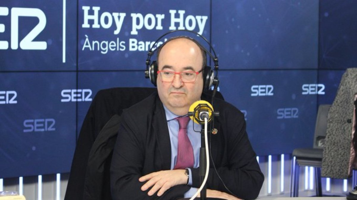 Miquel Iceta, durante la entrevista en el programa 'Hoy por Hoy' de la SER.