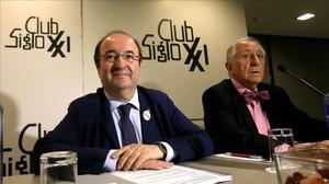 Miquel Iceta, a la izquierda, este martes en Madrid.