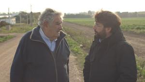 Mujica y Évole en un momento de la entrevista de Salvados.
