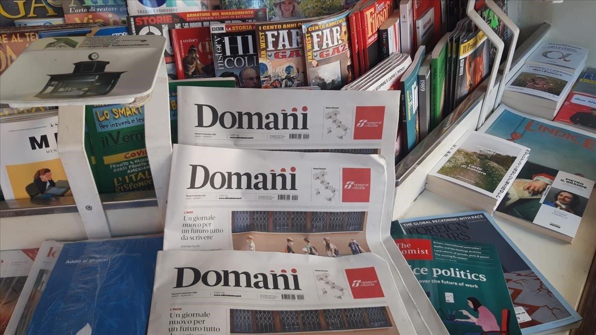 Ejemplares del nuevo diario ayer en Roma.
