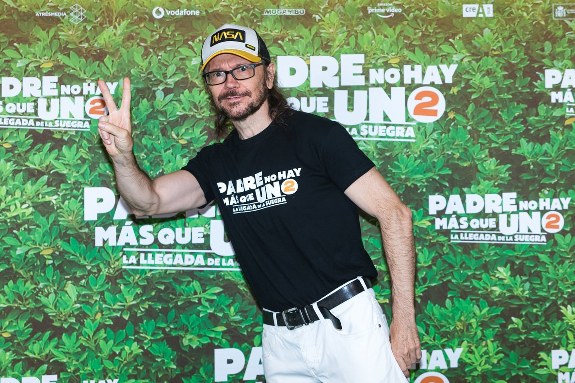 MADRID, SPAIN - JULY 28: Santiago Segura attends 'Padre no hay mas que uno 2' (Father There Is Only One part 2) film photocall at Gran Teatro Bankia Príncipe Pío on July 28, 2020 in Madrid, Spain. (Photo by David Benito/Getty Images)